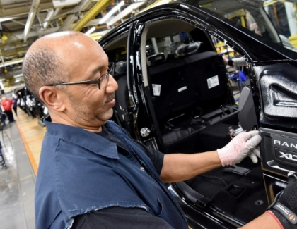 Ford to Invest More Than $1.45 Billion in Two Detroit Plants