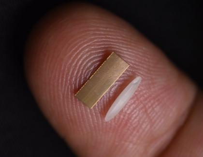 Intel's Embedded Multi-Die Interconnect Bridge Helps Chips 'Communicate' Faster