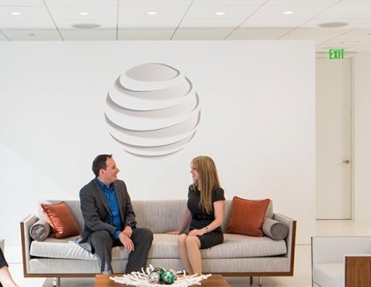 AT&T Revenue Drops 4.5%, Company Withdraws Guidance