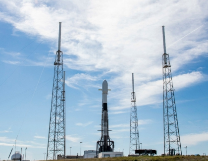 SpaceX Sends New Bunch of Satellites to Space