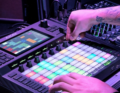 Akai Proffessional Introduces the Force Standalone Production / DJ Performance Device