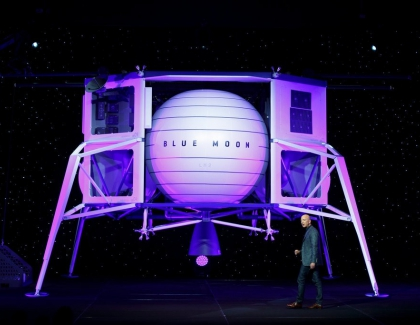 Jeff Bezos Unveils Blue Origin's Lunar Lander Blue Moon