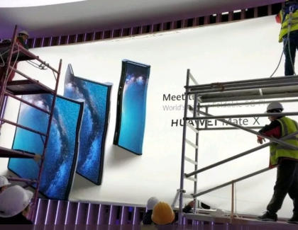 Huawei's Foldable Mate X 5G Smartphone Appears in Banner Ahead MWC Debut