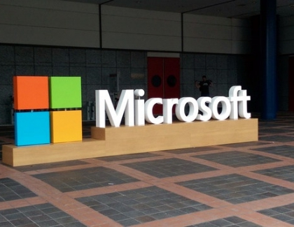 Microsoft Releases New Cloud Services for AI and Blockchain