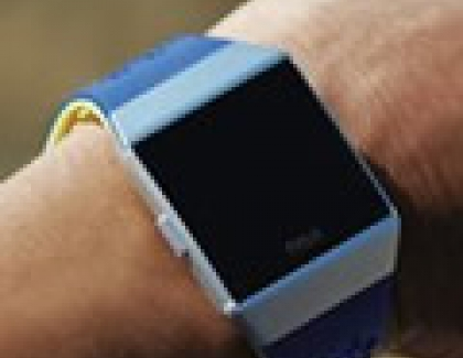 Wearables Market Grows as Smart Wearables Rise and Basic Wearables Decline