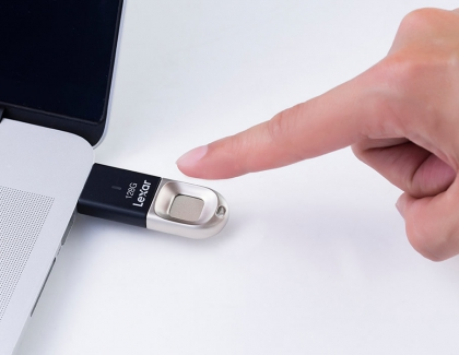 Lexar Jumpdrive Fingerprint F35 Uses Fingerprint Authentication