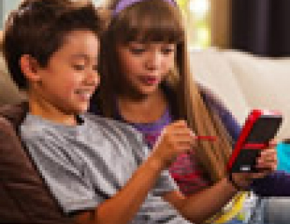 Nintendo Aims At First-Time Gamers with New 2DS Portable System