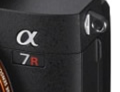 Sony's New Full-frame α7R III Interchangeable Lens Camera Combines 42.4 MP Resolution and Speed