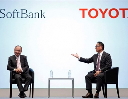 Toyota and SoftBank to Develop Self-driving Car Services