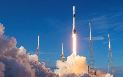 SpaceX Launches Fifth Batch of Starlink Satellites, Misses Booster Landing