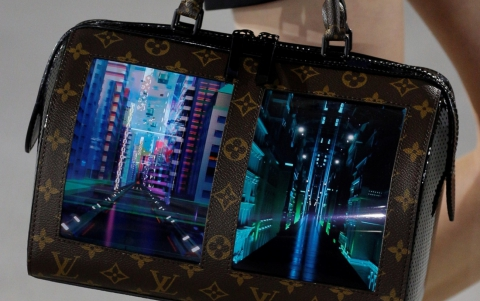 Royole to Bring Flexible Displays on Louis Vuitton Bags
