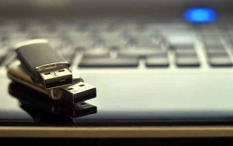 Second-hand Thumb drives Typically Contain Data from Past Owners