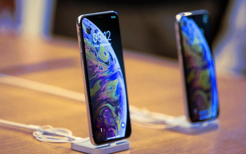 Apple Said to Use Samsung's Youm On-Cell Touch AMOLEDs in 2019 iPhones