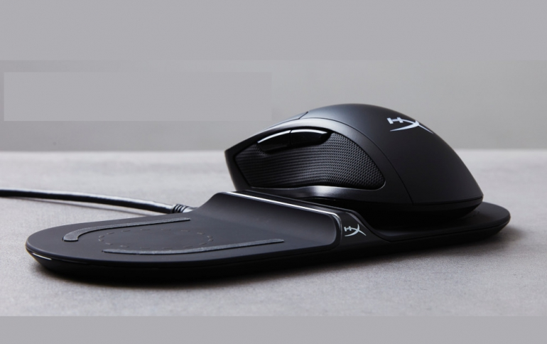 HyperX Shipping Qi-Enabled Pulsefire Dart Wireless Gaming Mouse and ChargePlay Base Wireless Charger