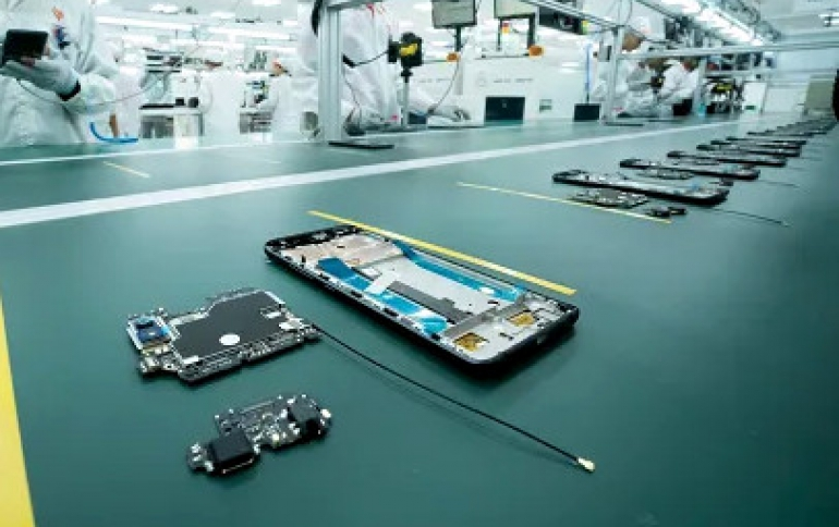 Production of Smartphones Expected to Fall as Much as 30% in the First Half of 2020