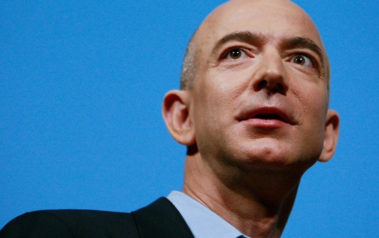 Jeff Bezos: Enquirer Threatens me to Publish Revealing Pics