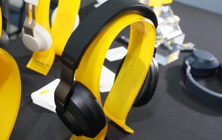 Jabra Challenges Bose and Sony With the Elite 85h Headphones