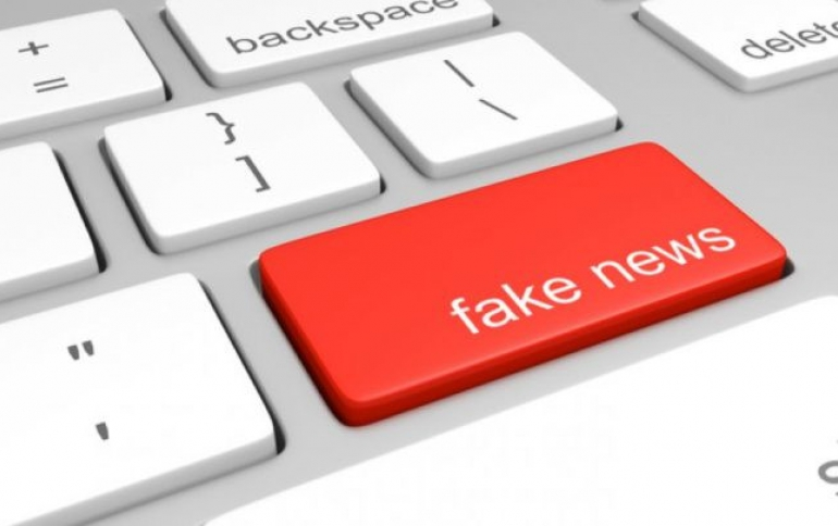 Europe Urges Internet Giants to Tackle Fake News