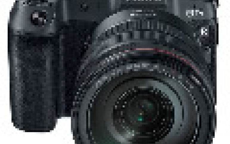 Canon Joins Sony, Nikon in the Mirrorless Digital Camera Battle