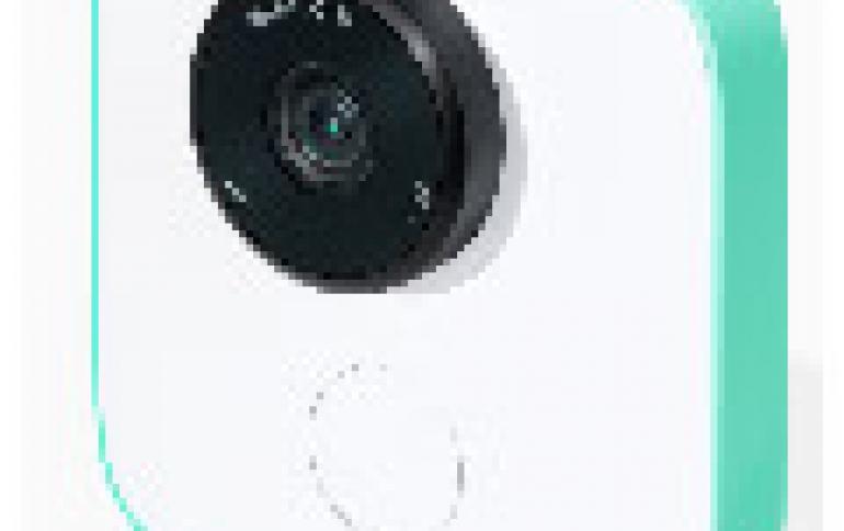 Google's Clips Camera Brings AI Closer to Consumers