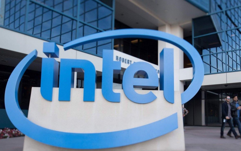 Intel to Outsource 14nm Chip Production: report