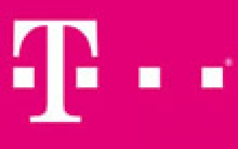 T-Mobile Earns More Customers