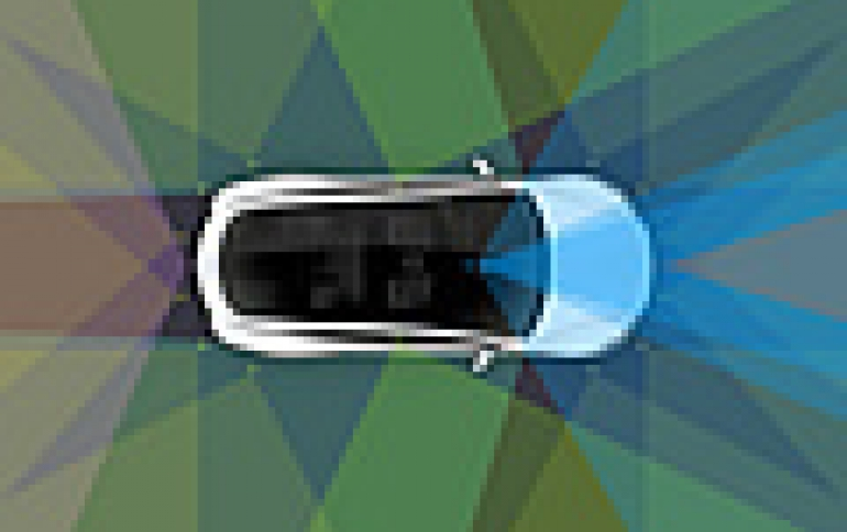 Self-driving tech: Apple working with Hertz, Alphabet Chooses Avis