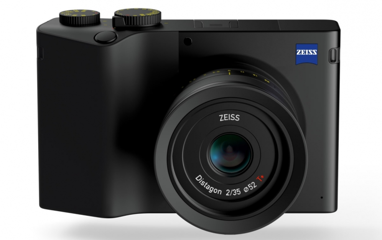 Full-frame ZEISS ZX1 Camera Concept Arrives in Early 2019